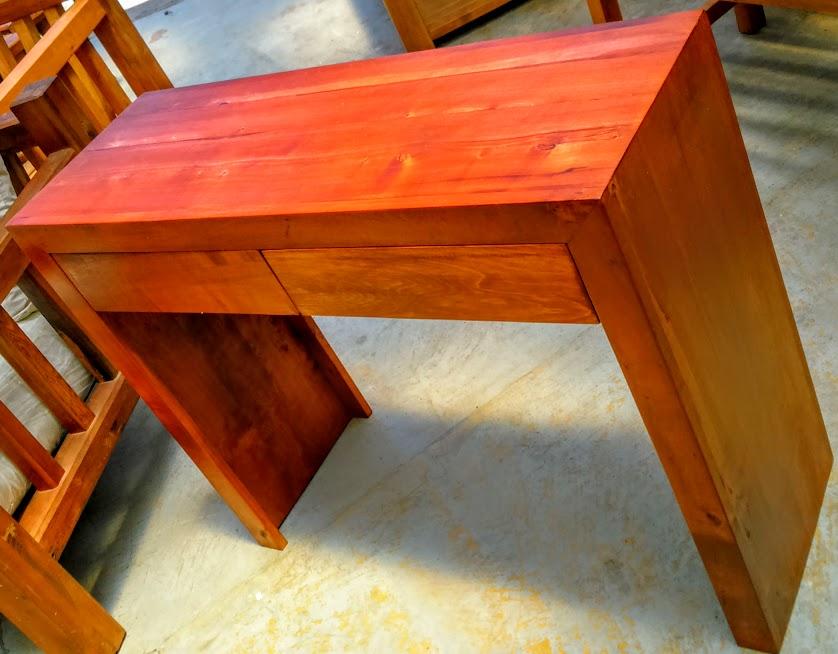 Muebles r sticos muebles de madera nativa noble y for Bar rustico de madera nativa